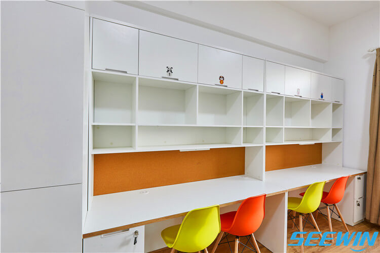 学生公寓宿舍学习课桌椅