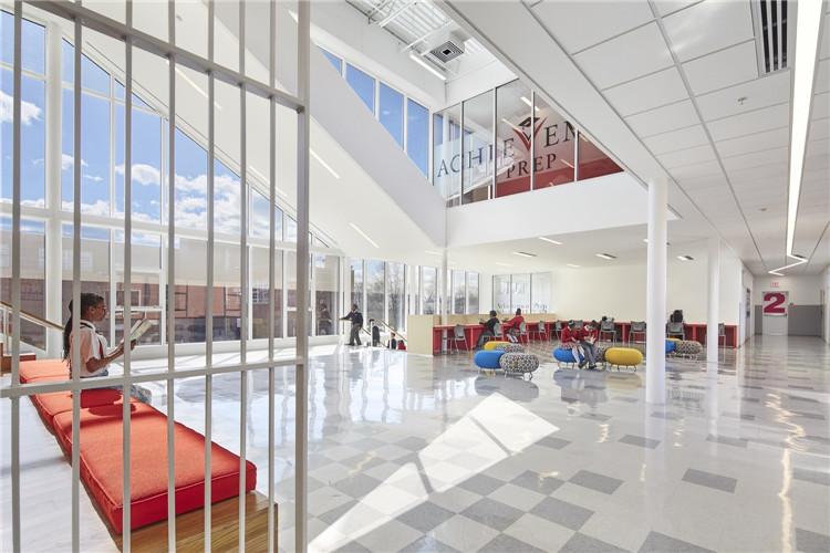 华盛顿APA成功预备学院-公共空间