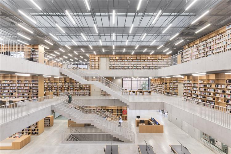 比利时表演艺术学院图书馆-阅读空间