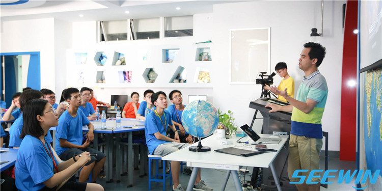 地理教室家具