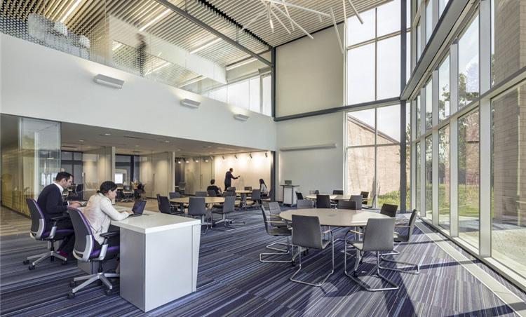 美国沃尔什学院-行政空间